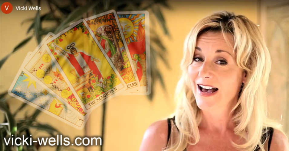Learning To Read The Tarot - A Guest Post by Vicki Wells