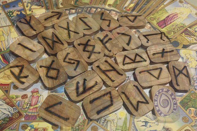Tarot and Runes